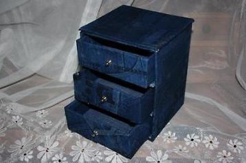 Brocant stoer sieraden ladenkastje van jeans stof