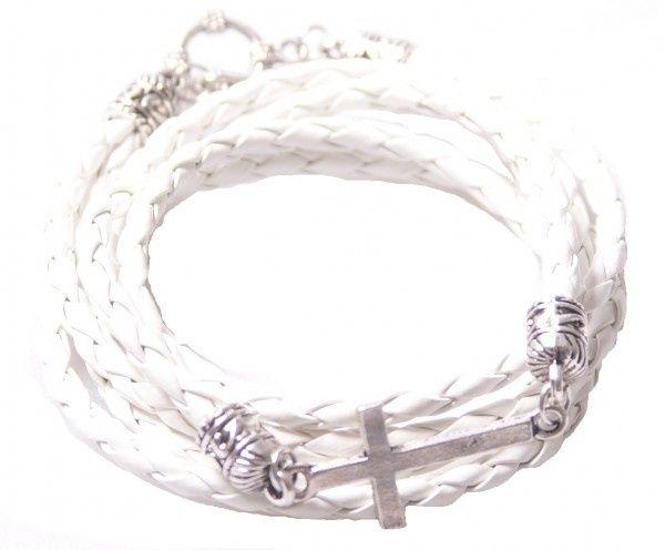 Wit leren gevlochten armband met kruis | Armbanden | DamesTic