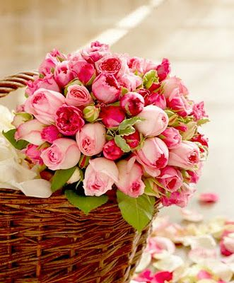 Basket of Fresh Cut Roses from the FrenchTangerinePink Flower, Valentine Day, Rose Flower, Beautiful, Gardens, Baskets, Pink Rose, Cut Flower, Pink Tulip