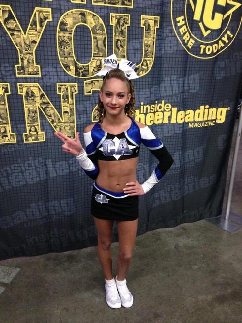 Gabi Butler a waaaay to flexible girl.