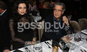 Ευτυχισμένοι μαζί!   Ερωτευμένος και ευτυχισμένος στο πλευρό της κατά 30 χρόνια νεότερης συντρόφου του είναι ο Νίκος Γαλανός.  from Ροή http://ift.tt/2kG7NWd Ροή