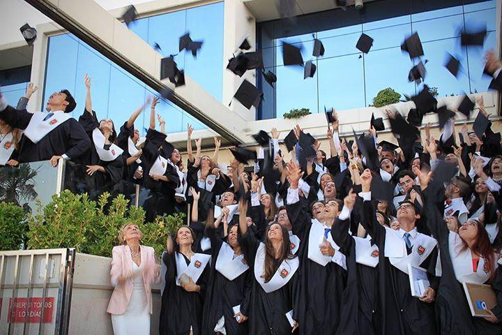 Младшая и средняя частная школа Кекстон Колледж в Испании Caxton College #школа #учеба #Испания #образование #CaxtonCollege  Школа расположена в Валенсии на средиземноморском побережье, которая предлагает британскую образовательную программу для учащихся от 1 до 18 лет. Сочетание британской и испанской культур, а также наличие различных языков помогает развить и мотивировать толерантность к другим расам, языкам и убеждениям, что подготавливает студентов к их будущему на мировой арене