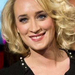 Eva Jinek is een Nederlandse journaliste en presentatrice.  Geboren 13 Juli 1978--Tulsa Oklahoma Verenigde Staten.