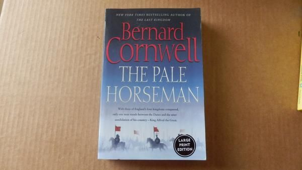 The Pale Horseman by Bernard Cornwell ~ Large Print ~ Trade Size Paperback ~ Great condition ~ Free shipping