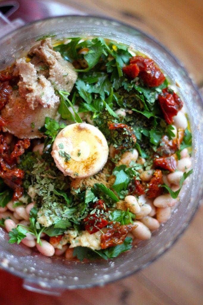 White Bean Sun-Dried Tomato Hummus | food | Pinterest
