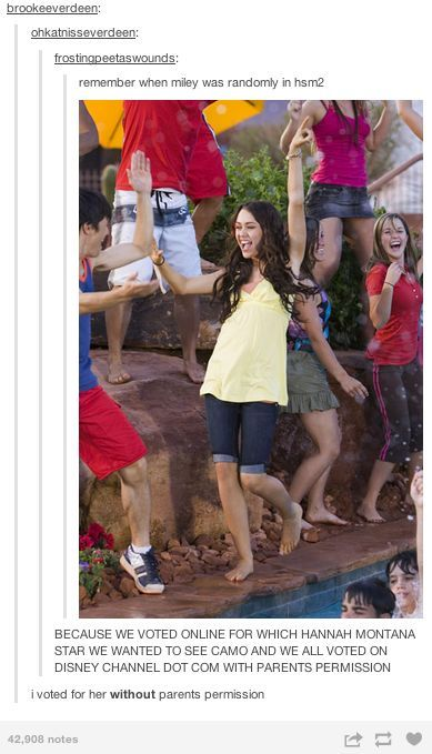 OMG I remember watching this movie in second grade and pausing the movie at this EXACT MOMENT and telling my friends I TOLD U SO I TOLD U HANNAH MONTANA IS IN HIGH SCHOOL MUSICAL