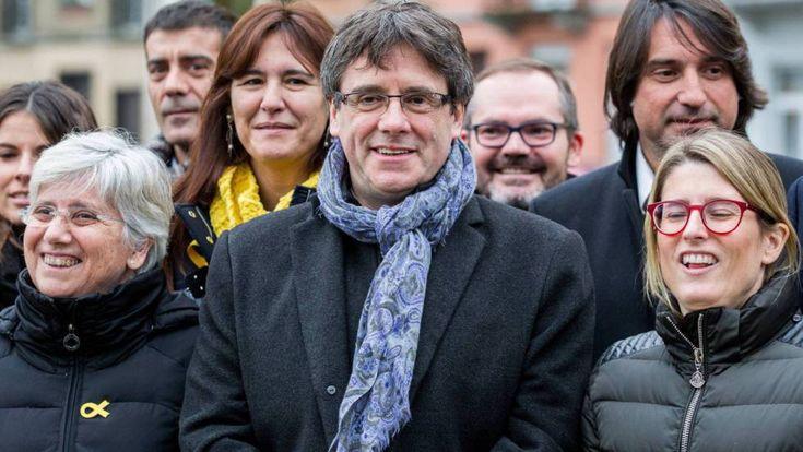 Últimas noticias de Cataluña y el Parlament, en directo Puigdemont espera para embarcar en el vuelo de Bruselas a Copenhague, pese a que la Fiscalía anunció que pedirá la activación de la orden de detención si viaja #Elecciones 21D #Roger Torrent #Carles Puigdemont #Declaración Unilateral Independencia #Elecciones Catalanas #Ley Referéndum #Cataluña #ERC #Elecciones autonómicas  http://www.miblogdenoticias1409.com/2018/01/el-parlamento-de-cataluna-ultimas.html#more #news #spain #barcelona