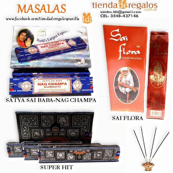 """Masala es el nombre usado en India para designar a ciertos tipos de inciensos (sahumerios). La palabra masala significa """"pasta"""" Es una mezcla de perfumes, flores y fibras vegetales de alta calidad que se """"rola"""" manualmente en una varita de bambú. Esto de manualmente quiere decir que se """"rola"""" una por una, esto es por demás ARTESANAL. Si bien los otros SAHUMERIOS HINDÚES también son ARTESANALES el proceso de """"uno por uno"""" es lo que hace de este Sahumerio algo particular."""
