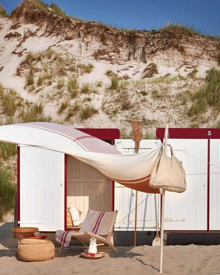 Strandhuisje | beach house | vtwonen 08-2016 | photography: Jeroen van der Spek | styling: Cleo Scheulderman