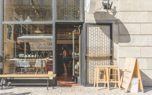 MADAL CAFÉ / COFFEE & BAKERY IN BUDAPEST