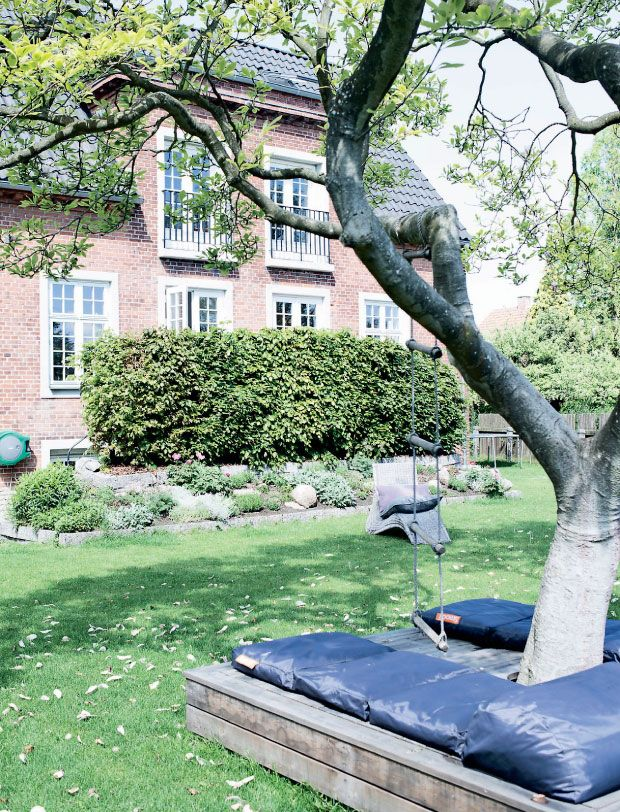 17 meilleures id es propos de am nagement paysager autour des arbres sur pinterest. Black Bedroom Furniture Sets. Home Design Ideas