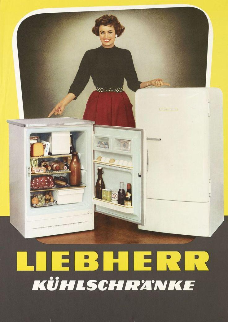 Die farbige Zeichnung zeigt eine junge Frau, die hinter zwei verschiedenen Liebherr-Kühlschrank-Modellen steht. Das linke ist in geöffnetem Zustand, das rechte in geschlossenem gezeigt. Darunter erscheint der Werbetext (