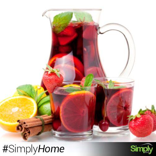 Jarra Belly $30.900  Conserve su agua, jugos o preparaciones especiales en esta práctica jarra de acrílico. #SimplyHome #SimplyHomeCol #OnlineShop #Felli #Simply #Home