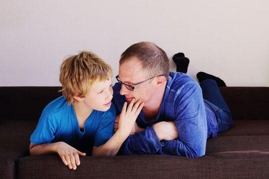 Autisme: une intervention précoce des parents aide à réduire les symptômes