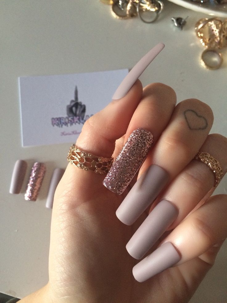 x Pink Fizz x Extra long false nails square stiletto coffin shape nude and pink glitter glue on by KirisKlaws on Etsy https://www.etsy.com/listing/270509106/x-pink-fizz-x-extra-long-false-nails
