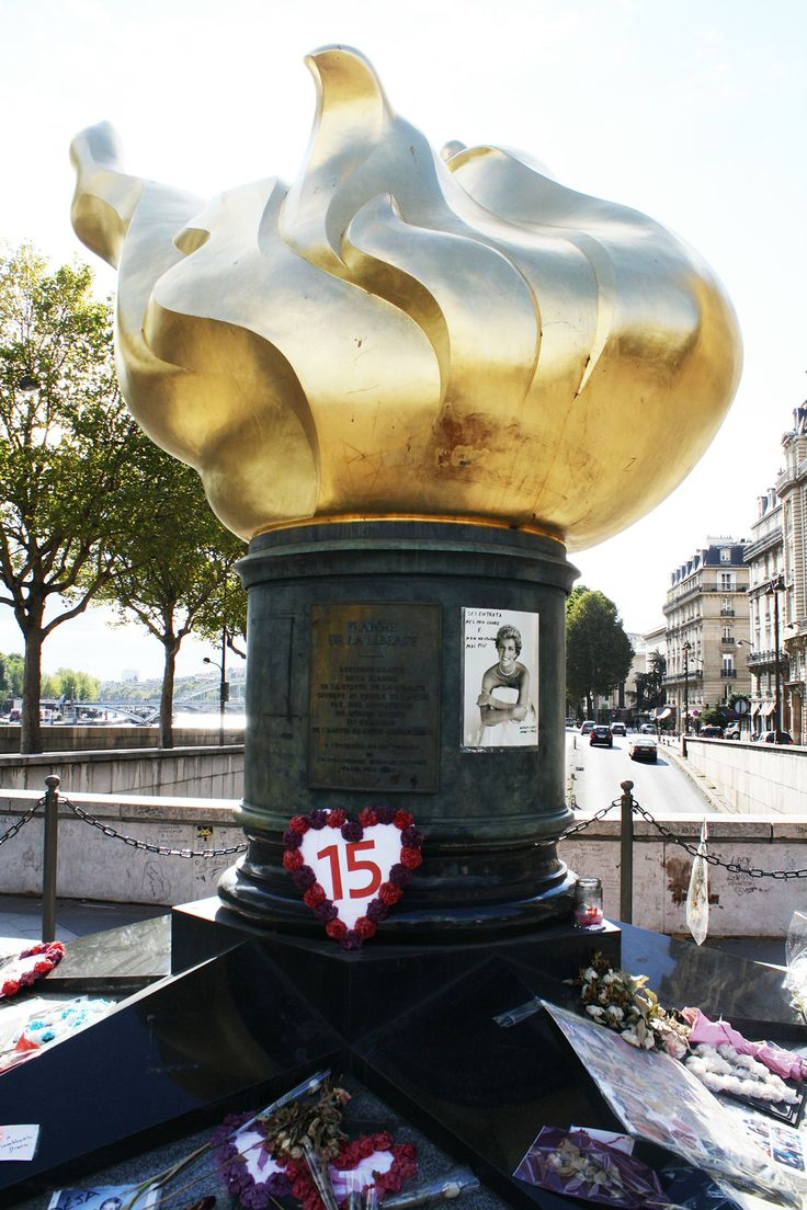Princess Diana Memorial. Paris. Flame of Liberty sets above the exit to the Paris tunnel in which Diana Princess of Wales, died.