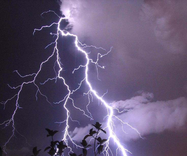 someday i'll get this shot!: Lighten Strike, Lightning Strike, Natural Beautiful, Stormy Sky, Majestic Natural, Earth Porn, Majestic Lightning, Amazing Lighten, Earth Beautiful