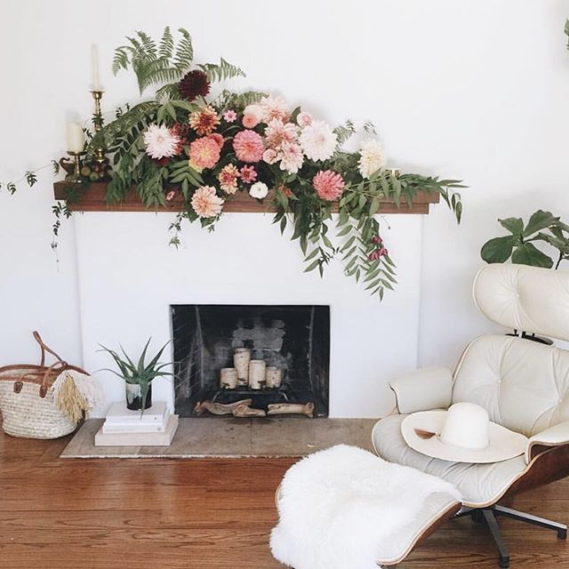 Mantel Arrangements: Fireplace Mantel Flower Arrangement Idea For A Party
