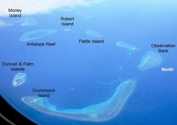 Aerial photo of the Crescent Group ◆Paracel Islands - Wikipedia http://en.wikipedia.org/wiki/Paracel_Islands #Paracel_Islands