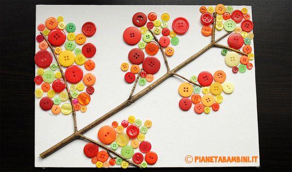 Lavoretti per bambini: albero autunnale con bottoni colorati