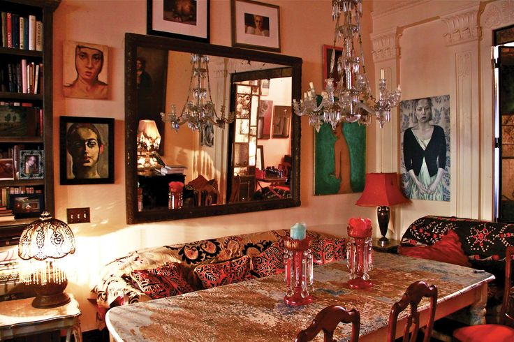 Inside Daring Rooms by Courtney Love, Julianne Moore, and Lena Dunham's Interior Designer of Choice