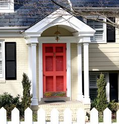 THIS is the door, storm door, and covered porch I want. Does anyone know who sells this door????