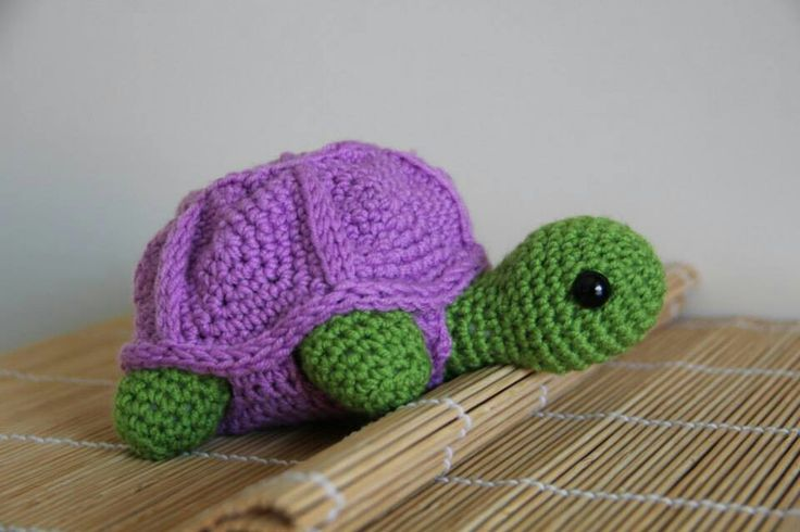 My daughter would love this.... another reason I need to learn to knit.