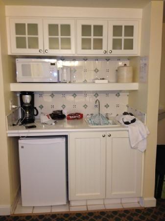 kitchenette | studio kitchenette - Picture of Disney's BoardWalk Villas, Orlando ...
