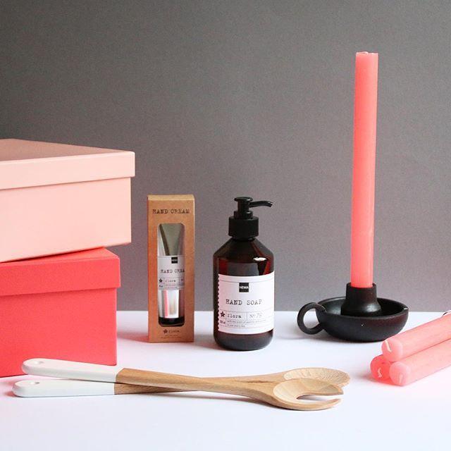 Maak het thuis gezellig en kleurrijk met roze tinten van HEMA.