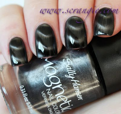 Scrangie: Sally Hansen Magnetic Nail Color - Graphite Gravity