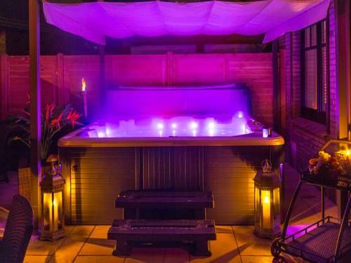 29 best jacuzzi images on pinterest jacuzzi whirlpool. Black Bedroom Furniture Sets. Home Design Ideas