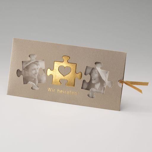 Einladungskarte, Einsteckkarte in 'gold' mit Ausgeschnittenen Puzzle-Teilen und …