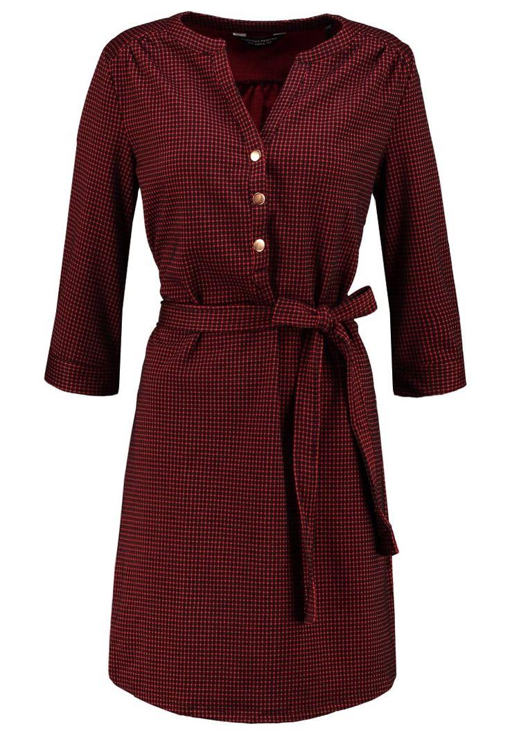 https://www.zalando.pl/dorothy-perkins-sukienka-koszulowa-red-dp521c0u2-g11.html