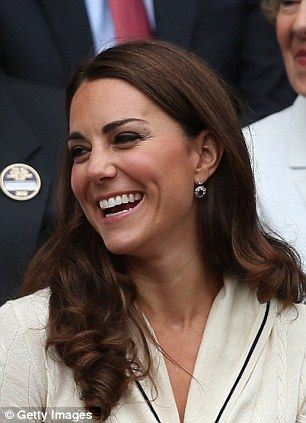 Sharing a joke with her neighbour in the Royal boxDuchess Of Cambridge, Celebrities Style, The Duchess, Wimbledon 2012, Duchess Catherine, Kate Middleton, Hair Style, Cambridge 2012, Celebrities Hairstyles