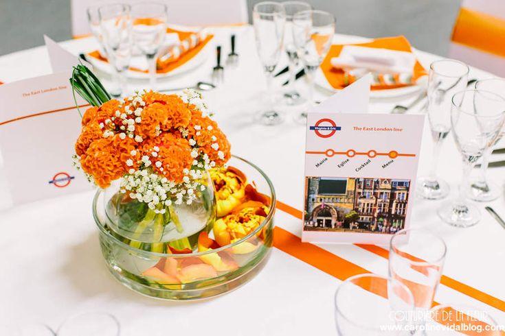 Centres de tables aux couleurs des lignes du métro londonien. Un bel arc-en-ciel de couleurs !