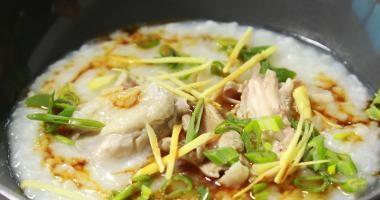 Čínská rýžová polévka congee