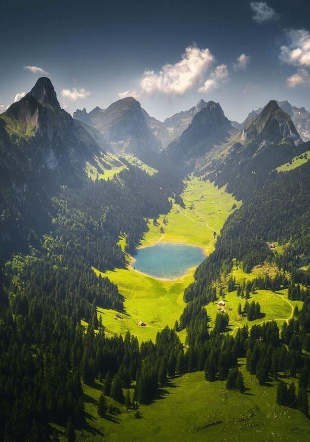 Sämtisersee, Switzerland