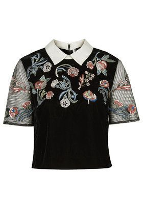 Embroidered Collar Tee