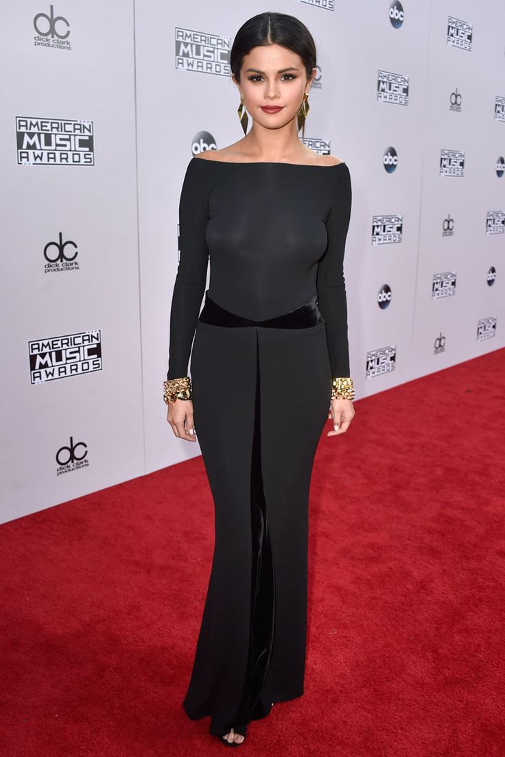 All The Looks From the American Music Awards Red Carpet.... in Armani Prive
