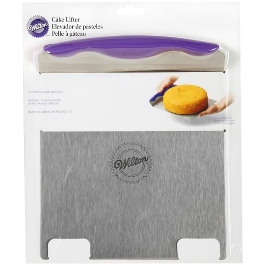 <div>A must-have tool for any cake maker, this cake lifter is perfect for picking up and moving ...