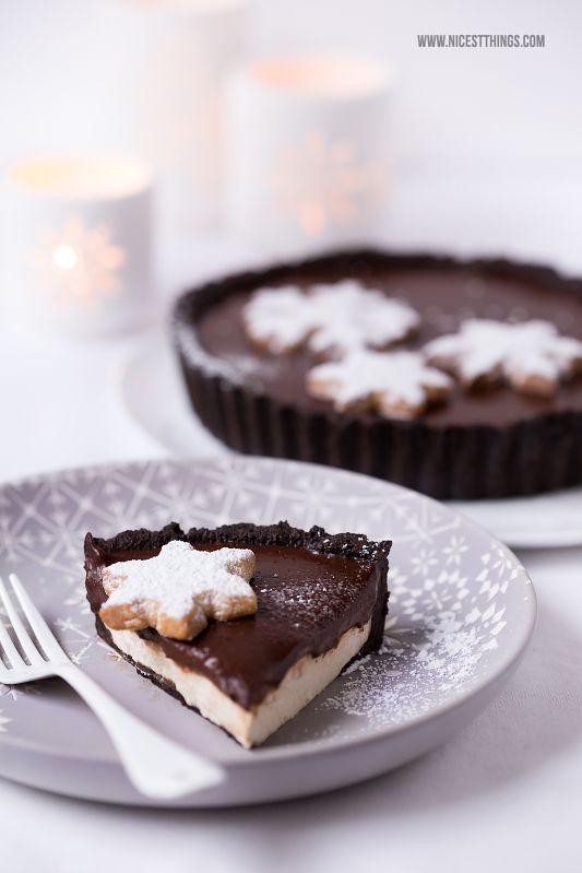 Ein Rezept für Lebkuchen Zimt Tarte Cheesecake mit Schokoladenganache (bester weihnachtlicher Kuchen!) und Weihnachts-Tischdeko mit räder Wintertafel