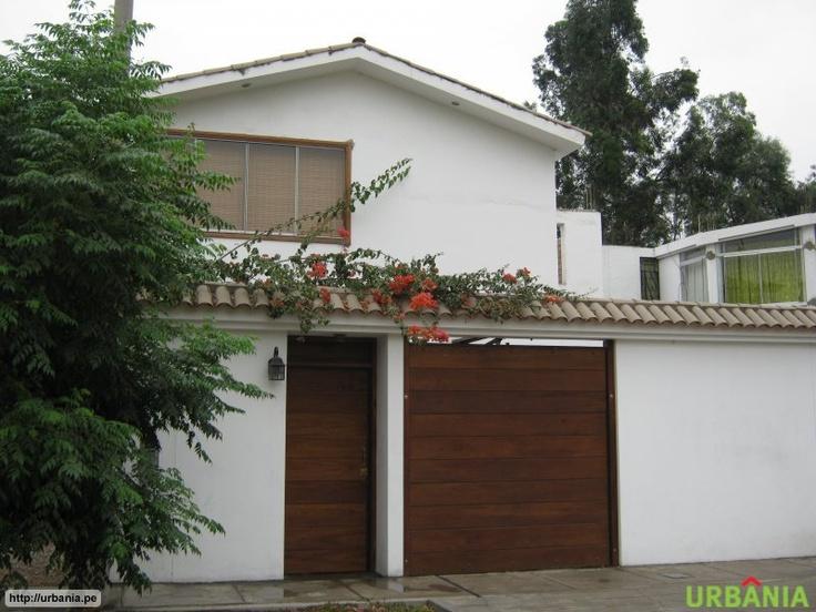 pin de maritza herrera en fachadas de casas en peru houses