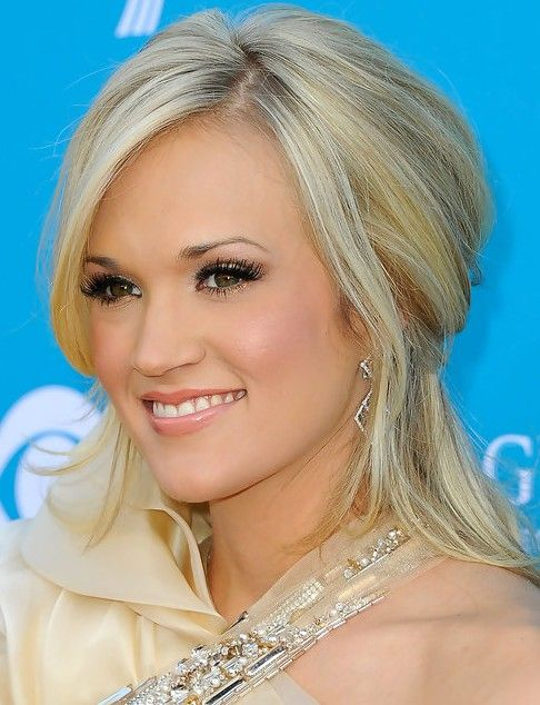 medium hair formal styles 36 carrie underwood hairstyles carrie underwood hair 3330