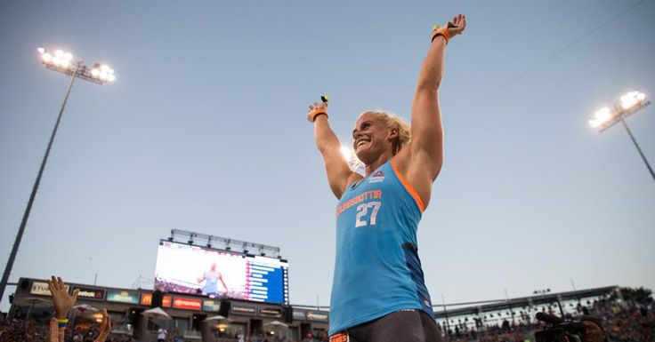 2015 CrossFit Games Day Four: Rookie Sara Sigmundsdottir Leads Overall - http://www.boxrox.com/2015-crossfit-games-day-four-rookie-sara-sigmundsdottir-leads-overall/