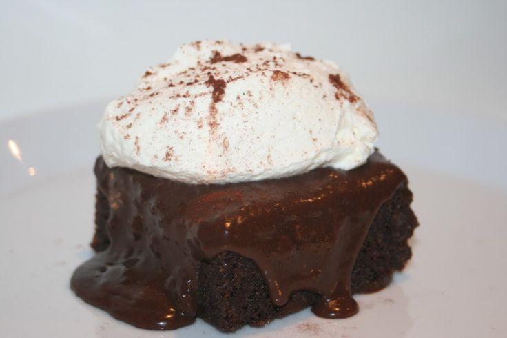 Kladdig brownie med tryffeltäcke! - http://www.hittarecept.se/r/kladdig-brownie-med-tryffelt%C3%A4cke-15052074.html