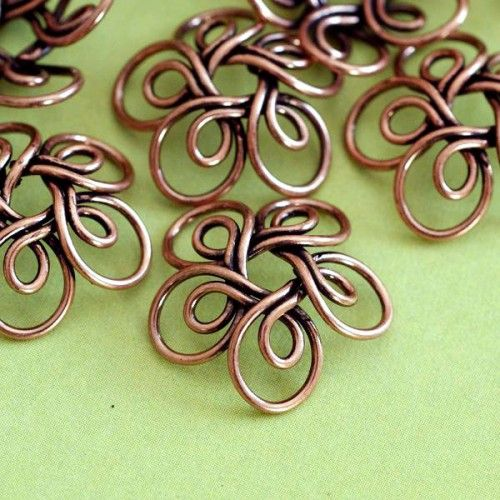 Copper Wire Flower Caps - I never thought about making bead caps with wire... Not without wrapped loop attached! :D For me it's a kind of revelation O.O
