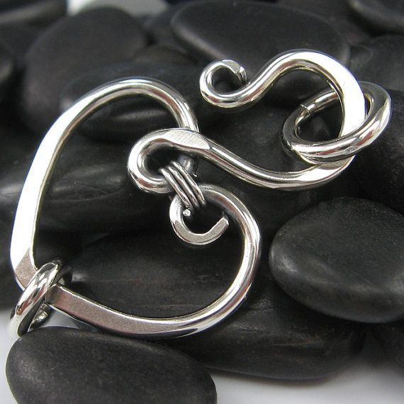 Silver Wire Heart Focal Clasp Finding Hammered by OzmayDesigns, $16.99