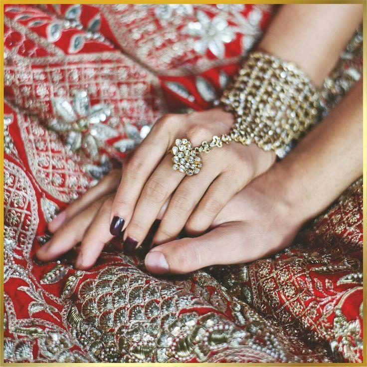 #anitadongre #bridal #couture #groom #bride #bridesmaids #weddings #india #indian #epiclove #rajasthan #gotapatti #embroidery #print #lehenga #silver