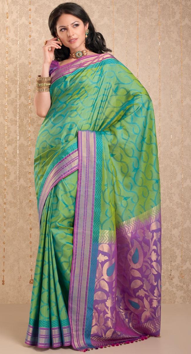 Puneeta Silk Saree http://www.harinisilks.com/puneeta-silk-saree.html