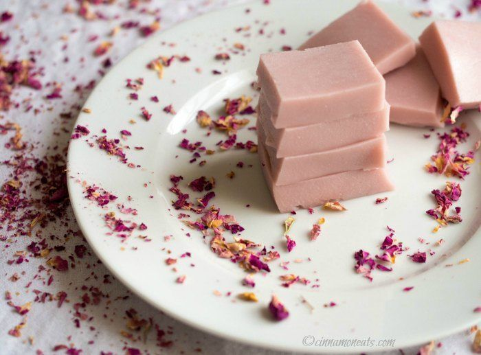 Raspberry Rose Gummies  1 cup fresh raspberries. 1.5 cups full-fat coconut milk 3-4 Tbsp pure maple syrup* 4 Tbsp grass-fed gelatin (the red can if ordering Great Lakes Brand) 1/2 – 1 tsp rose water